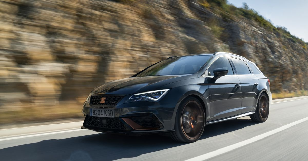 The New Seat Leon Cupra R ST Is A Carbon-Fest Estate With Fettled Suspension