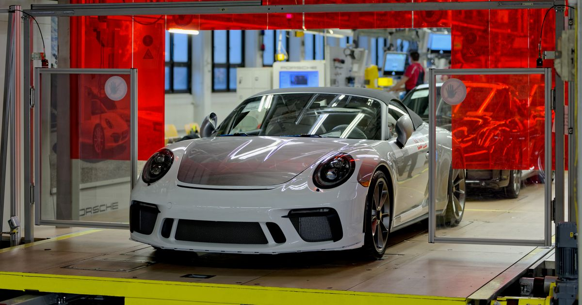The Last Ever 991 Porsche 911 Will Be Auctioned Off In A Covid-19 Fundraiser