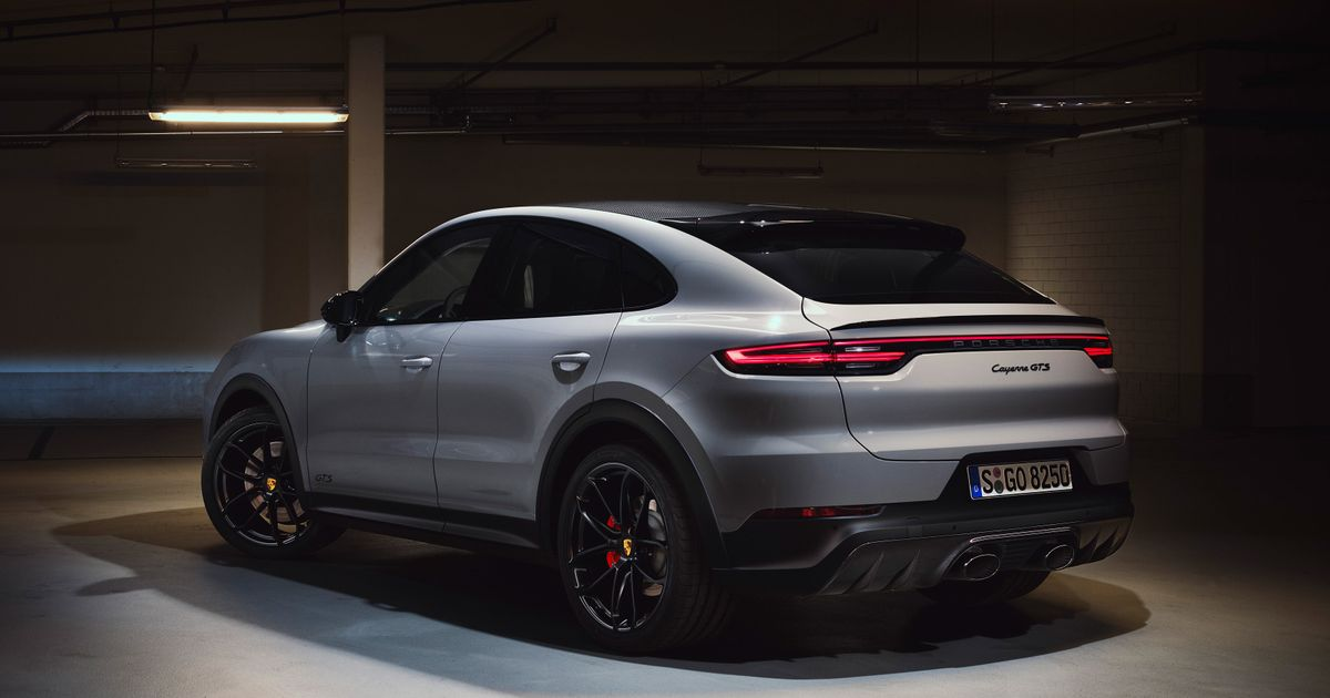 This Is The New V8-Powered Porsche Cayenne GTS