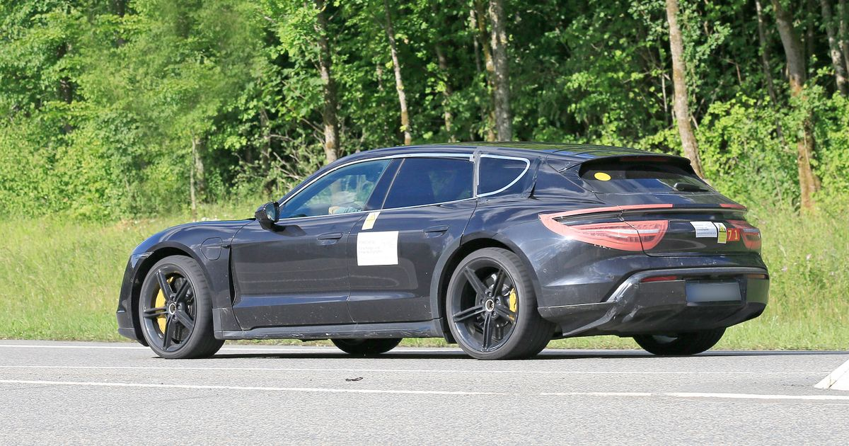 Here s Your Latest Look At The Porsche Taycan Cross Turismo