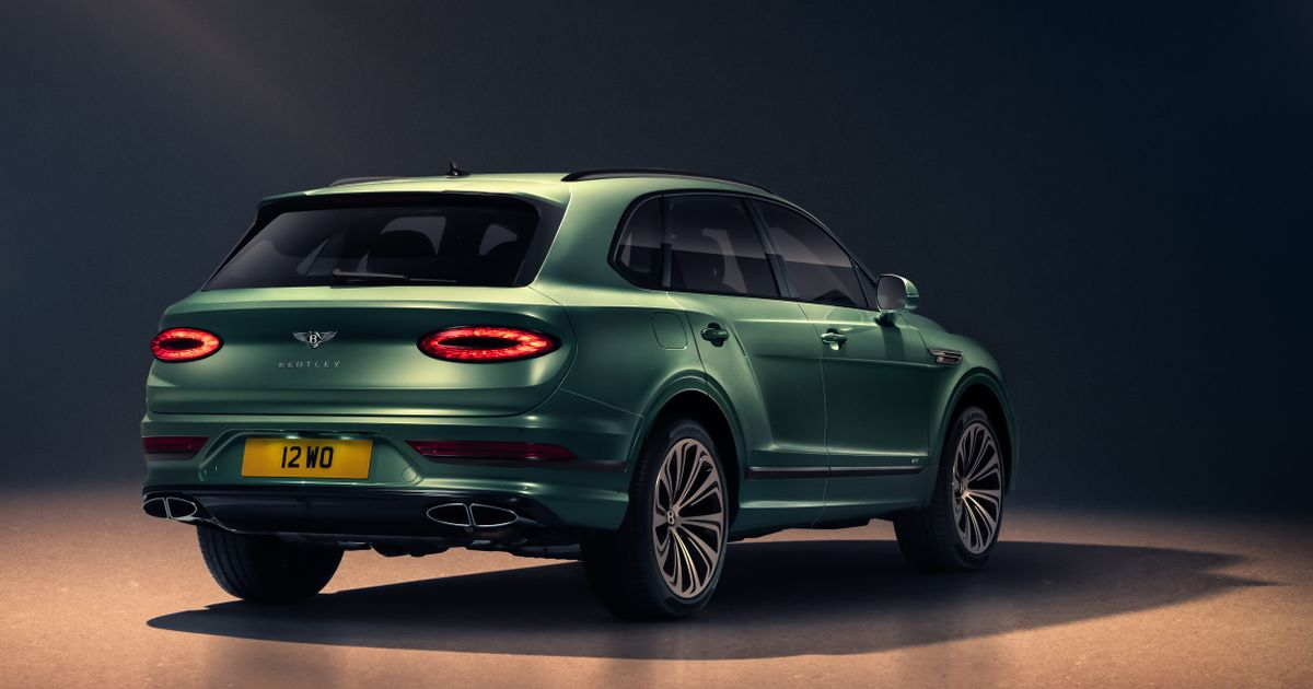 Check Out The Bentley Bentayga s New Continental GT-Like Rear