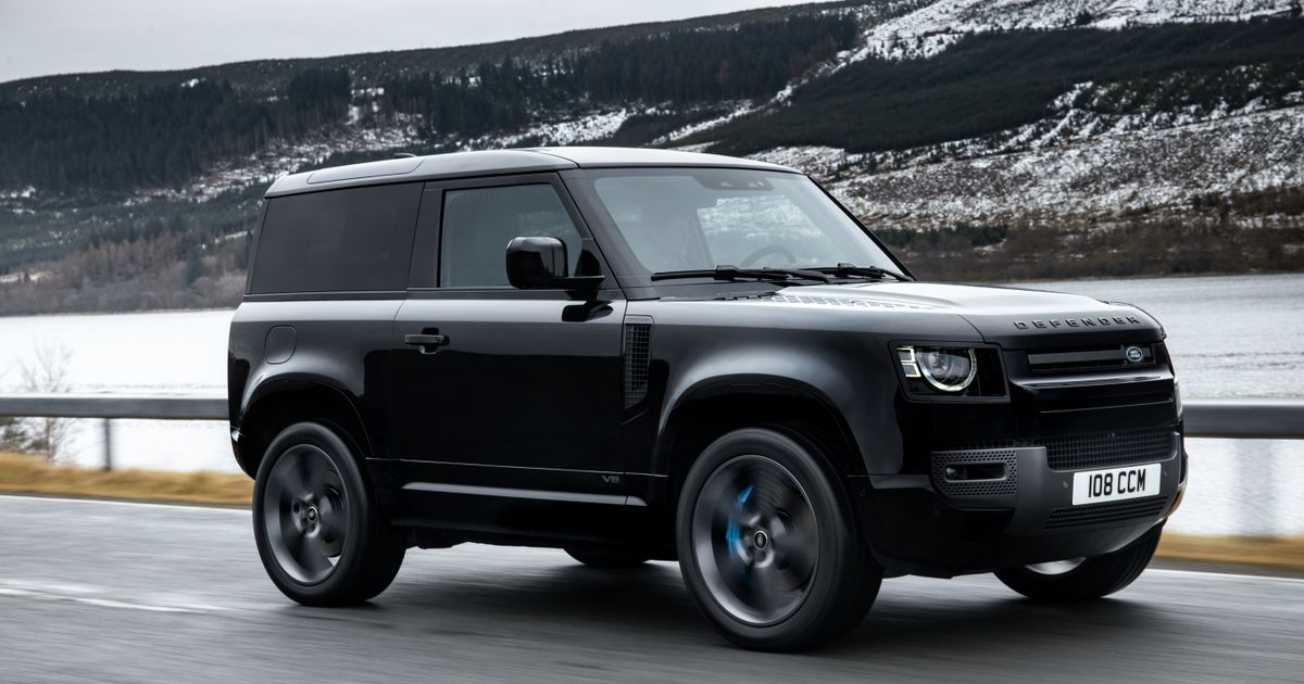 The £100k Land Rover Defender V8 Is A 518bhp Supercharged Indulgence