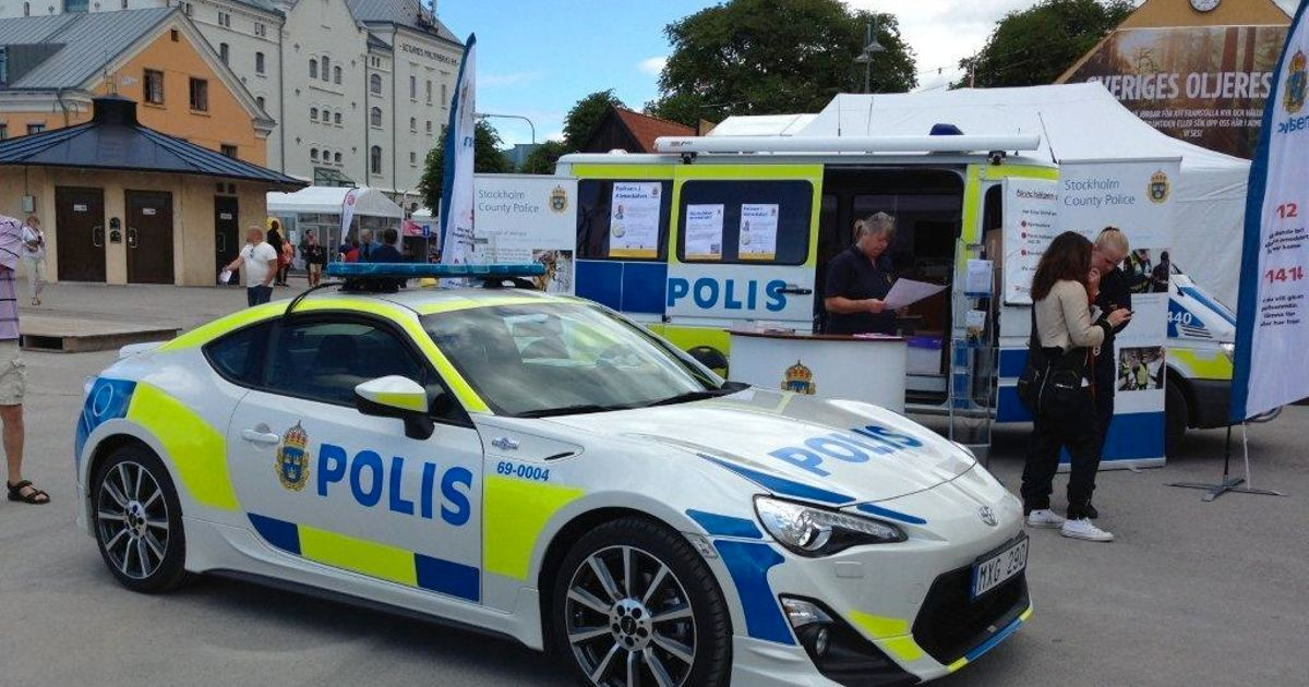 Toyota showed a GT86 police car to inspire the Swedish Police Department. Although I wouldn't ...