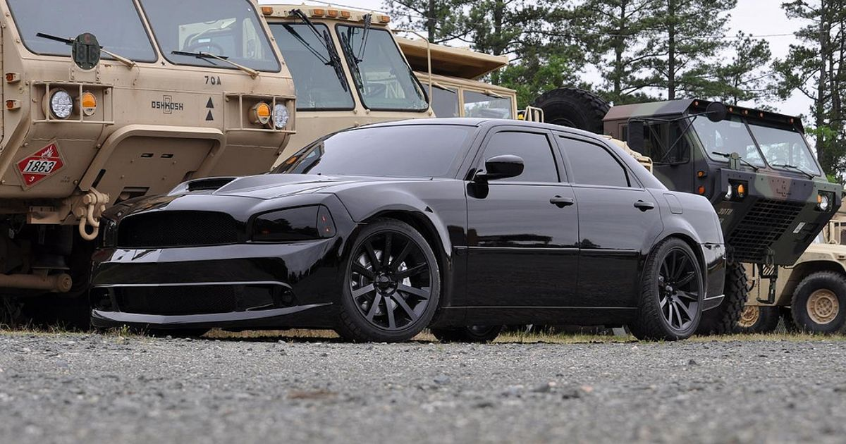 Chrysler 300c Srt8 With Charger Front End Swap