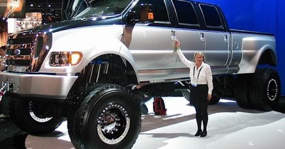 How Much Is A Lamborghini >> You cant get much more 'Merican than a Ford F750 #trucktuesday