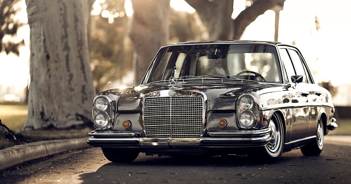 the classiest car of the last century the mercedes w108. Black Bedroom Furniture Sets. Home Design Ideas