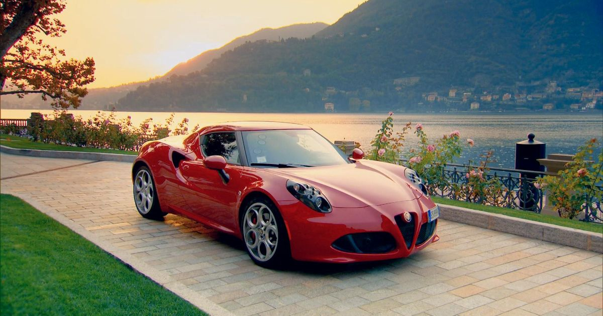 Alfa romeo 8c competizione top speed