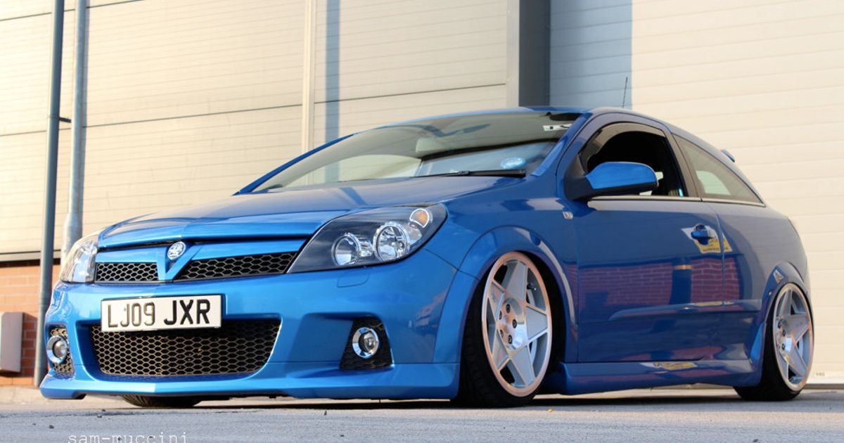 Nice opel astra for Garage opel nice