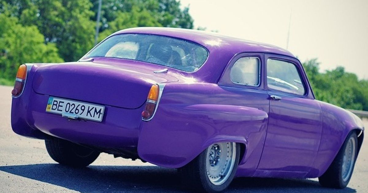 I can\'t be the only one who loves modified classic Russian cars ...