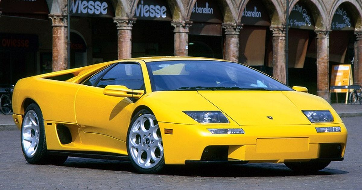 the last real lambo in my opinion car throttle