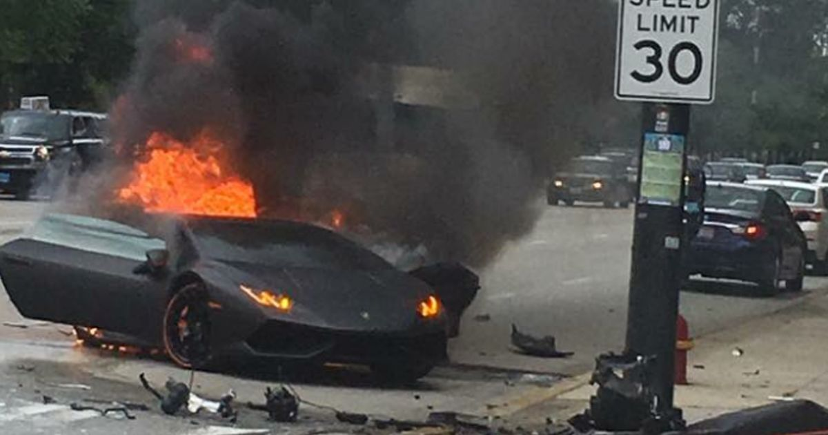 this lamborghini huracan was sliced in half during a massive crash