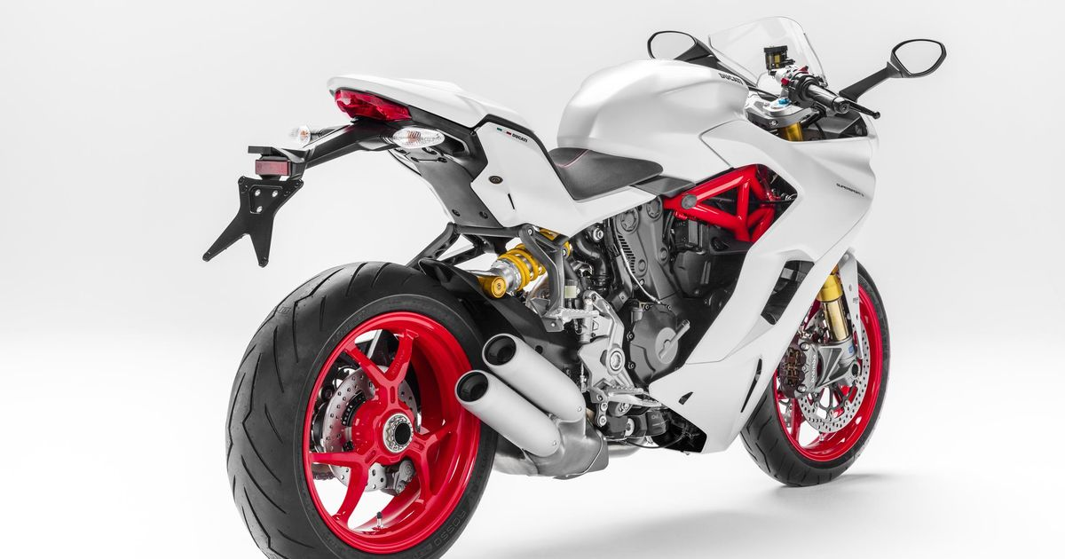 The Ducati SuperSport Is A Sports Bike For People Who Dont Want A