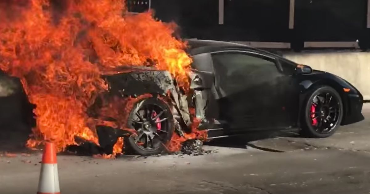 Try Not To Cry As This Twin Turbo Lamborghini Gallardo Is Consumed