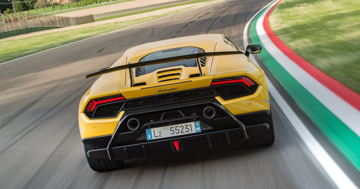 lamborghini huracan performante review the supercar that made me cry with ha. Black Bedroom Furniture Sets. Home Design Ideas