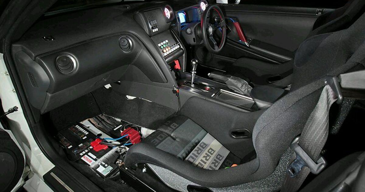 i remember nissan gtr r35 got manual transmission but in the rh carthrottle com nissan gtr manual gearbox 2009 nissan gtr manual transmission