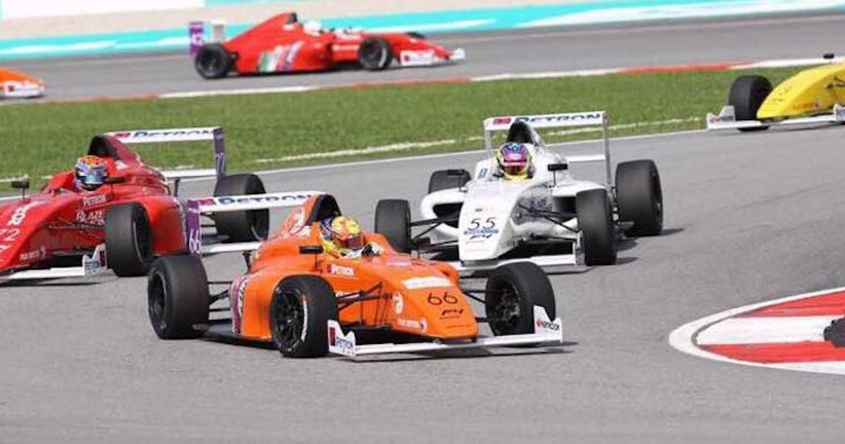 Nobody Managed To Reach The End Of A Formula 4 Race In Malaysia