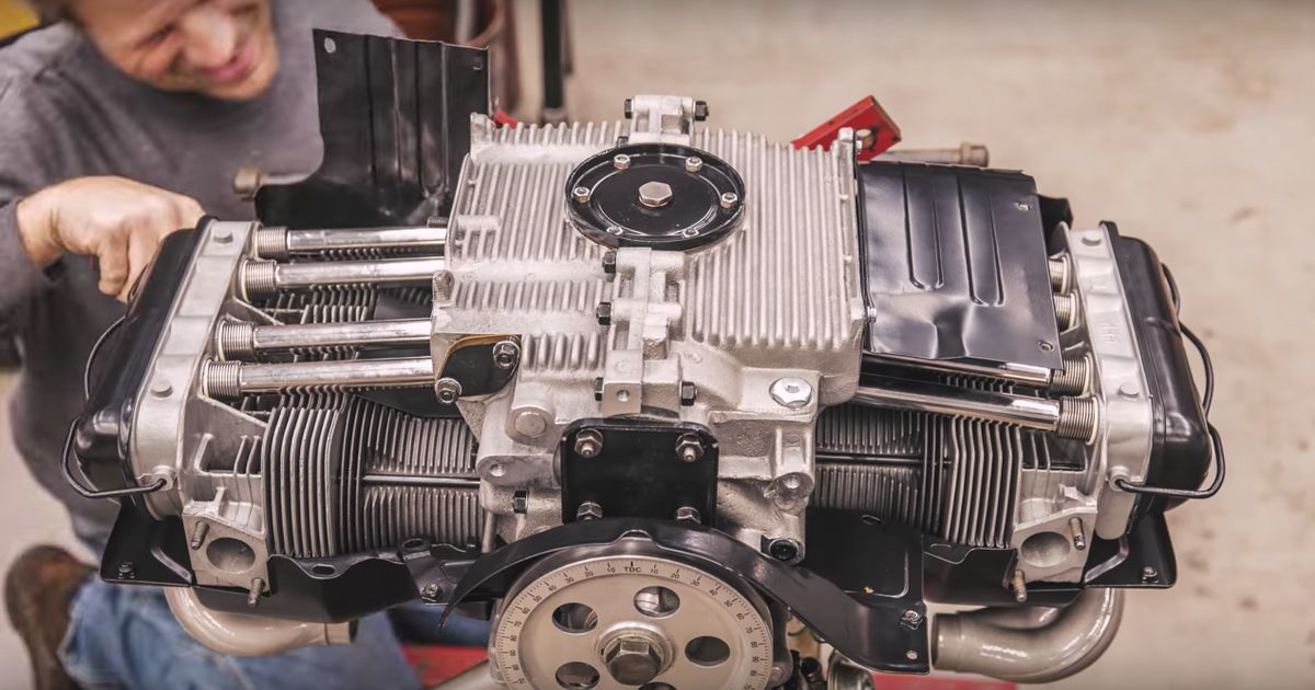 Here's A VW Beetle Engine Being Meticulously Rebuilt In Six Minutes