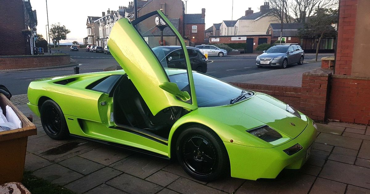 This Lamborghini Diablo Replica Looks Surprisingly Convincing