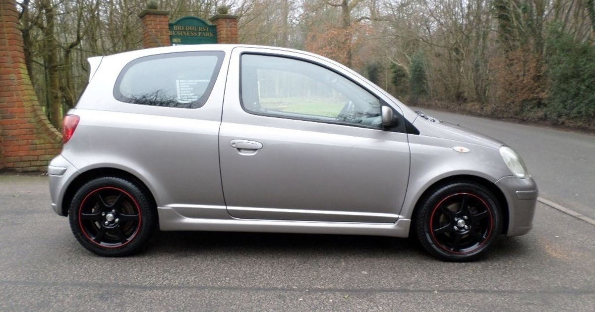 Someone Please Buy This £990 Toyota Yaris T-Sport Before We Do