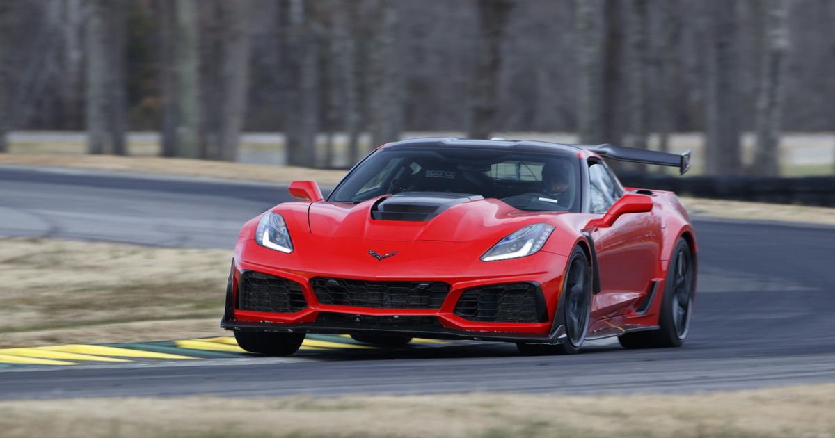 Nearly 500 Corvette ZR1s Have Been Recalled