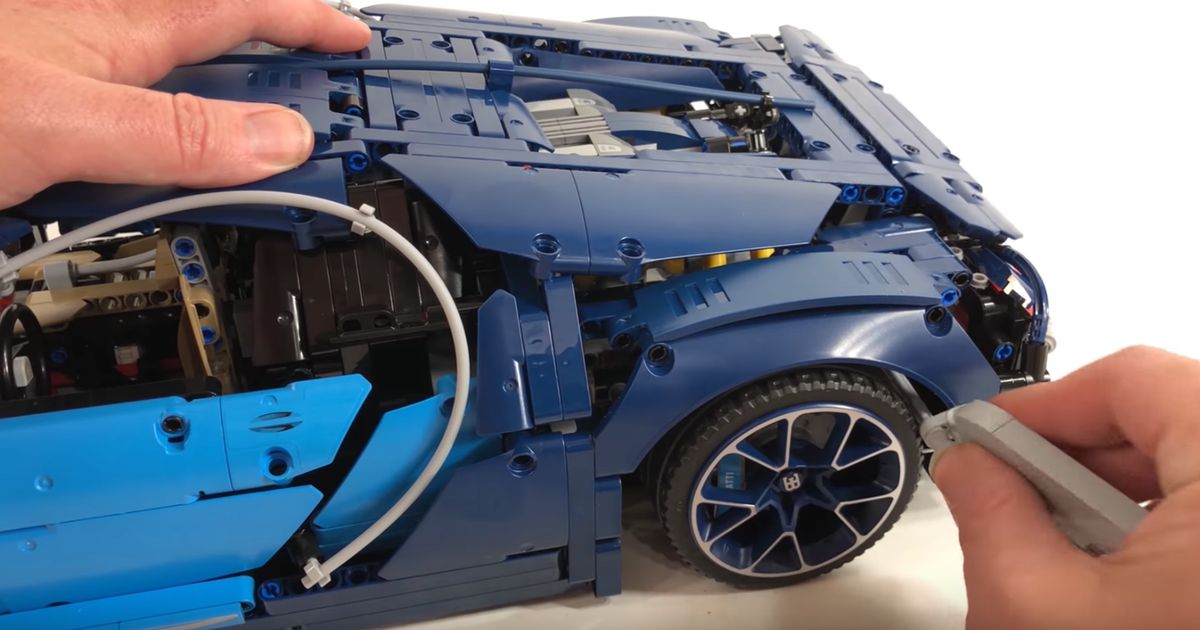 take a close up look at the new lego technic bugatti chiron. Black Bedroom Furniture Sets. Home Design Ideas