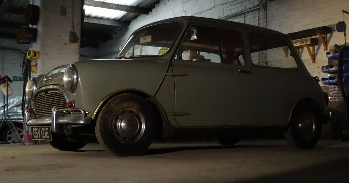 Even Rust-Bitten Classic Minis Are Now Selling For Over £15,000