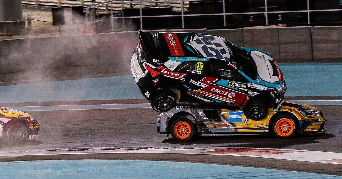 One Car Landed On Top Of Another In This Extraordinary World Rallycross Crash