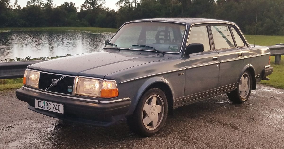 92 volvo 240 fuse box location what is it like to live with a volvo 240   what is it like to live with a volvo 240