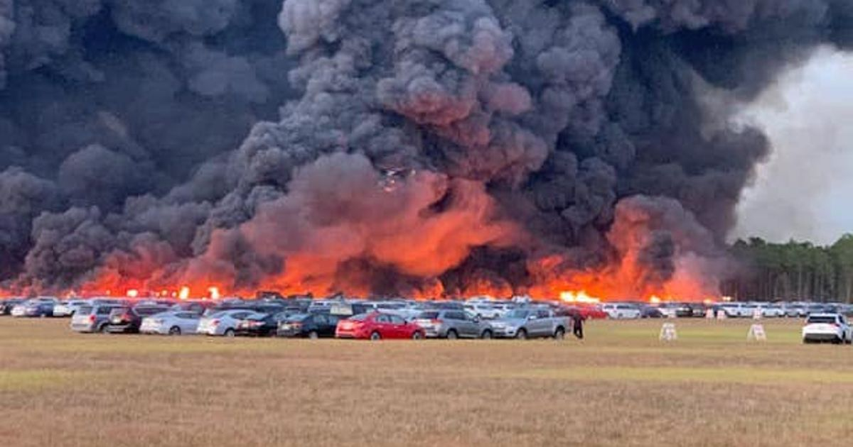 3500 Rental Cars Consumed By Huge Fire At Florida Airport
