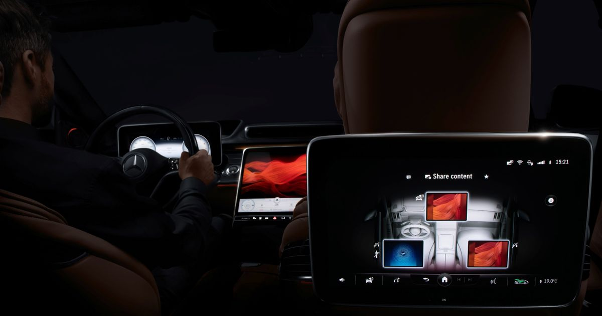 The Next-Gen Mercedes S-Class  Cabin Has A Thing For Screens