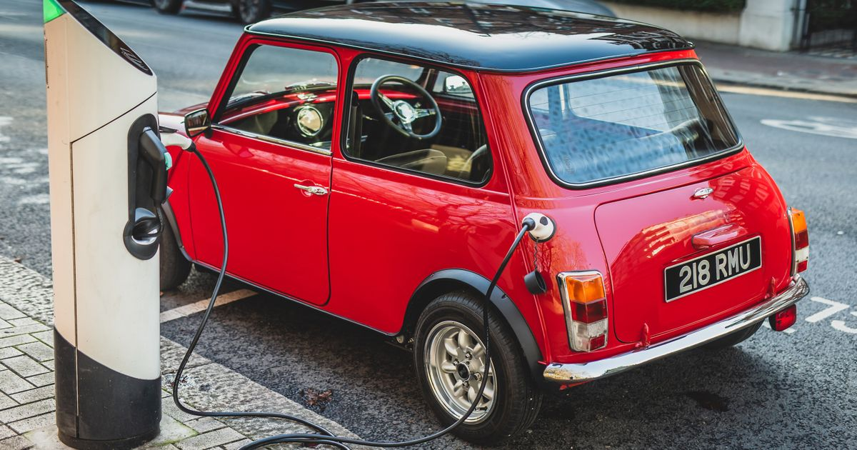 There s Now A Complete Kit To Convert A Classic Mini To Electric Power