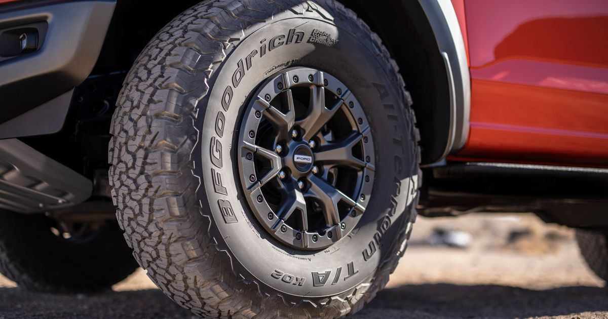 The New Ford F-150 Raptor s Huge Tyres Forced Changes To The Production Line