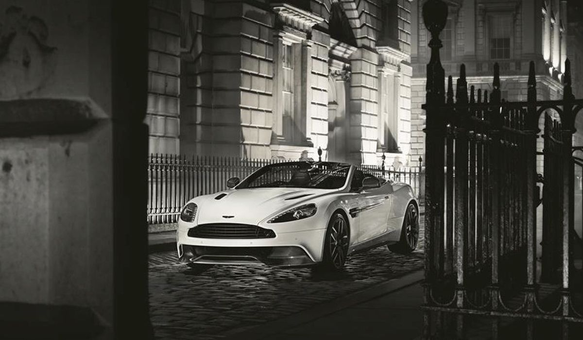 The Aston Martin Vanquish Carbon Is A Spectacularly Beautiful Special Edition