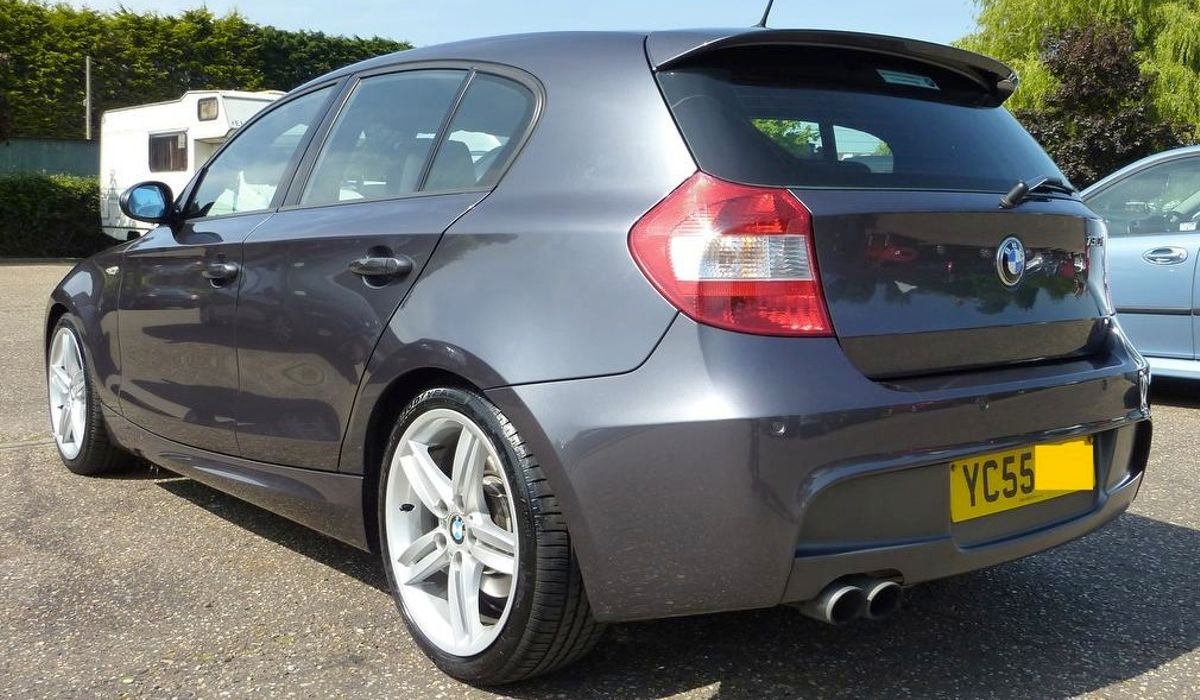 The Bmw 130i Is A Rear Wheel Drive Mega Hatch You Need To Own