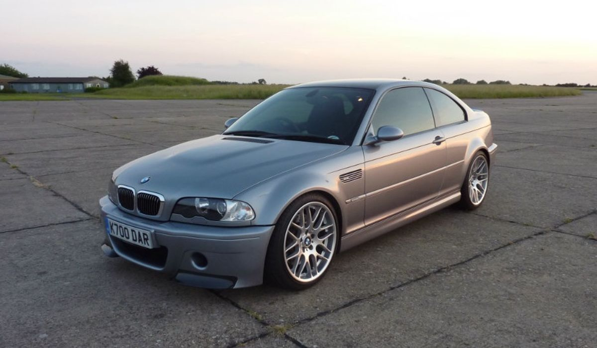 The E46 BMW M3 CSL Is A Hardcore Coupe Which Demands Your Respect