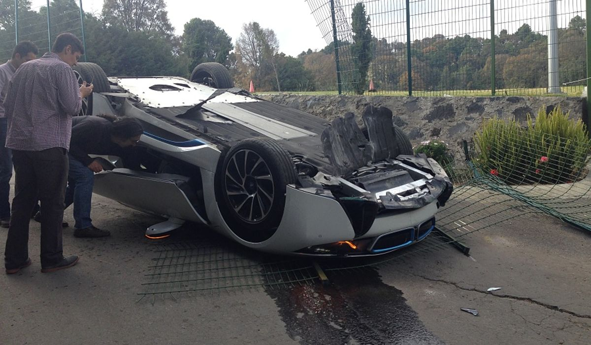 This BMW I8 Was Flipped By A Journalist In Mexico