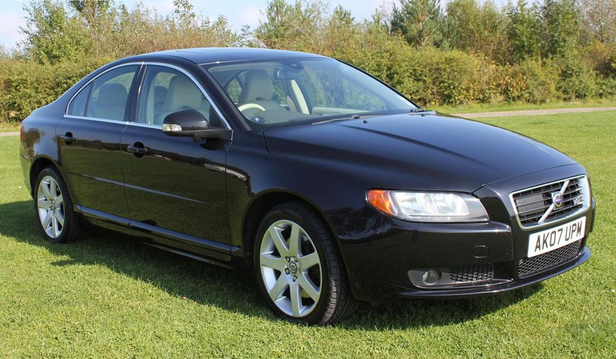 A Used Volvo S80 V8 Is An Understated Quick Saloon With The ...