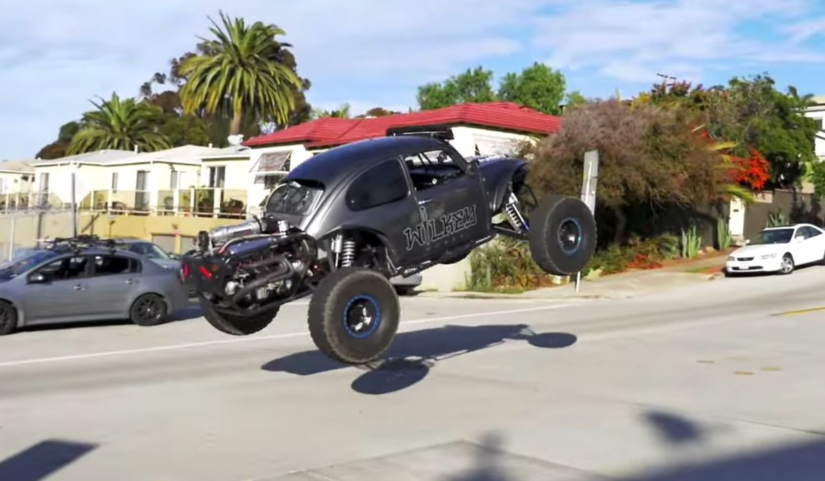 Watch This LS-Powered Bug Tear Up San Diego In An Illegal Street Hoon