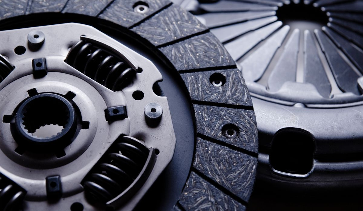 What Is A Clutch In A Car >> Different Types Of Clutches And How They Work