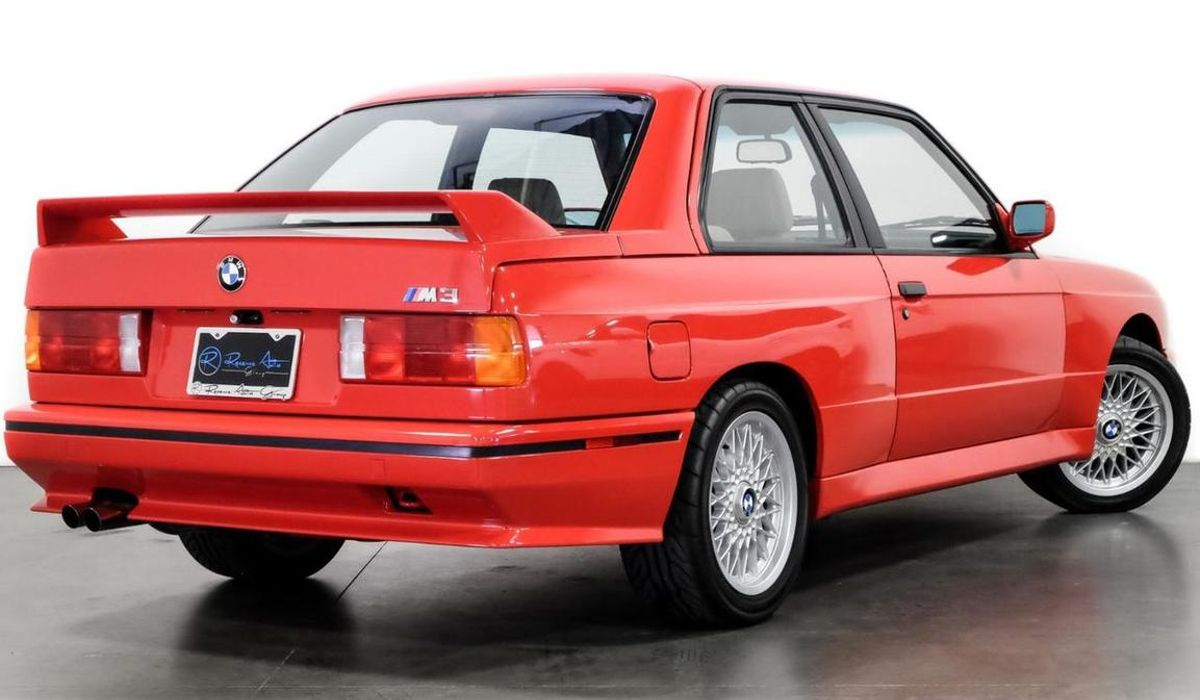 Here S Your Chance To Buy An E30 Bmw M3 Formerly Owned By Paul Walker