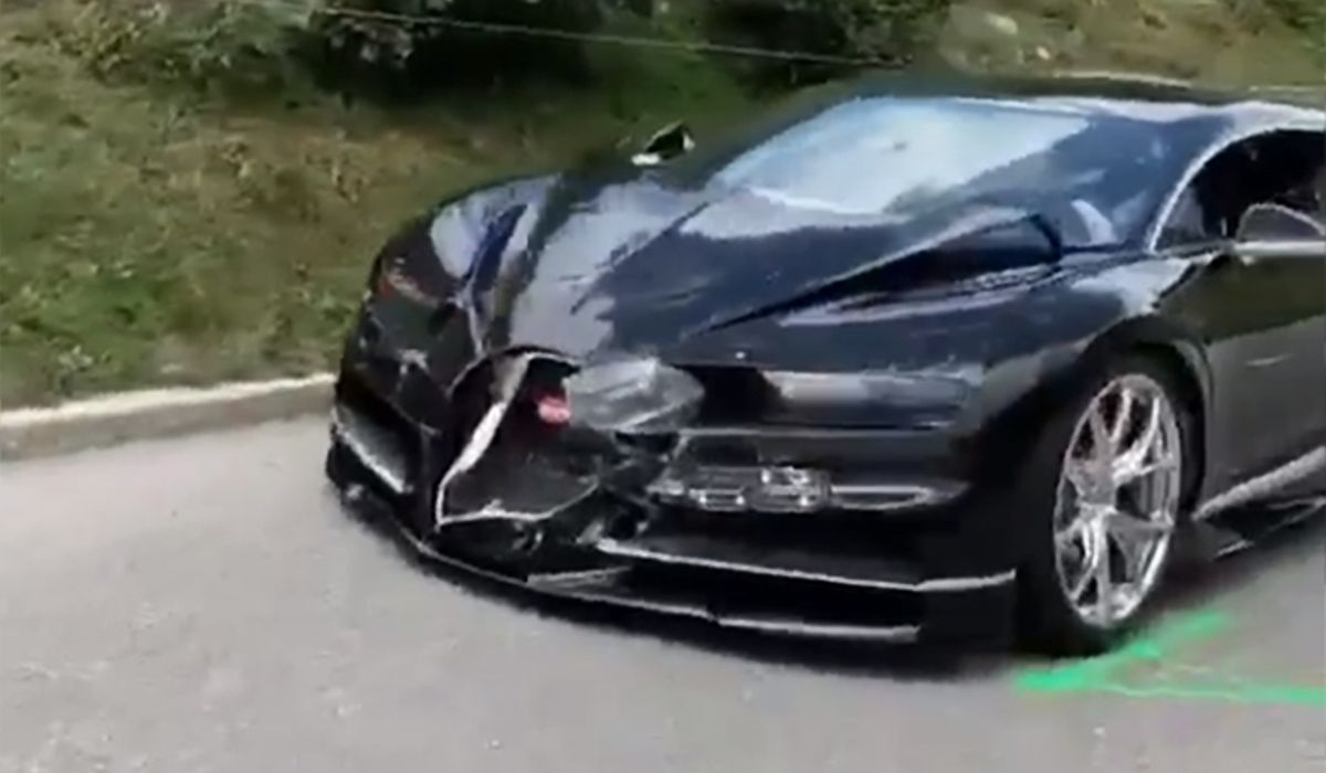 This Bugatti Chiron S Crumpled Nose Is All Kinds Of Sadness