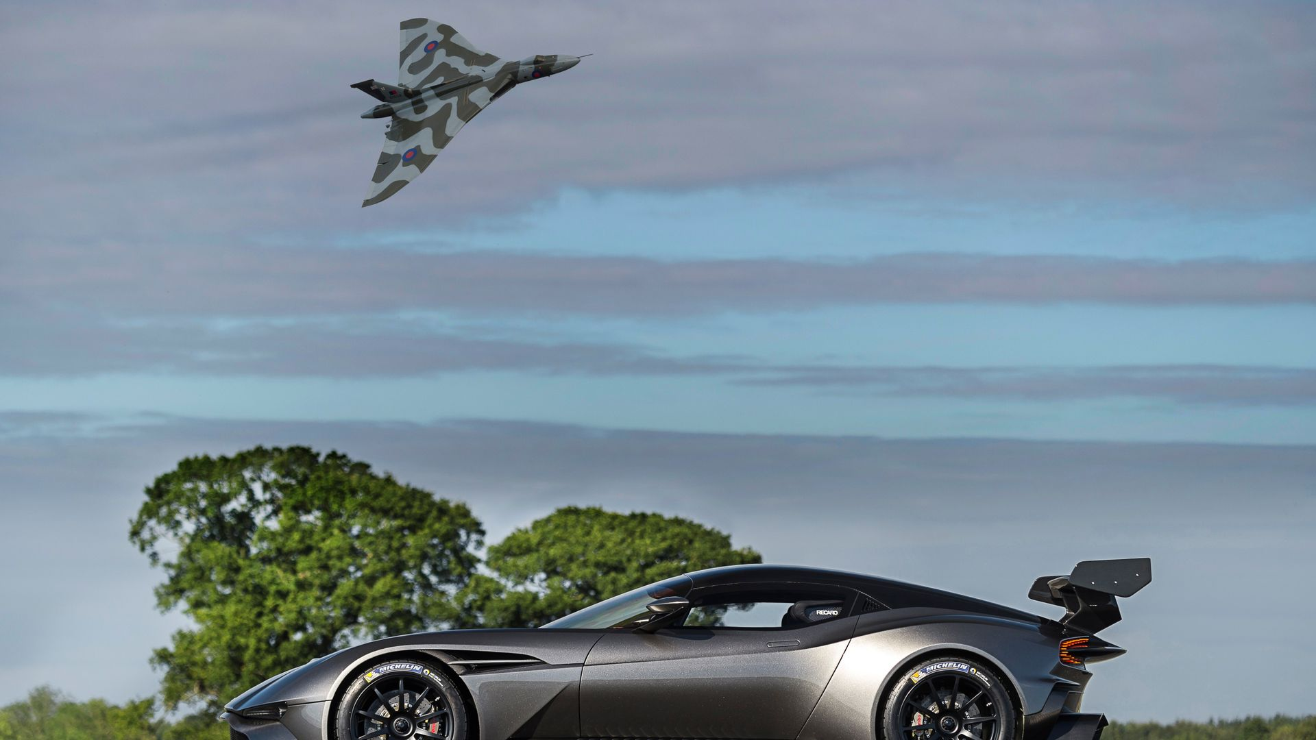 Aston Martin Vulcan Car Throttle