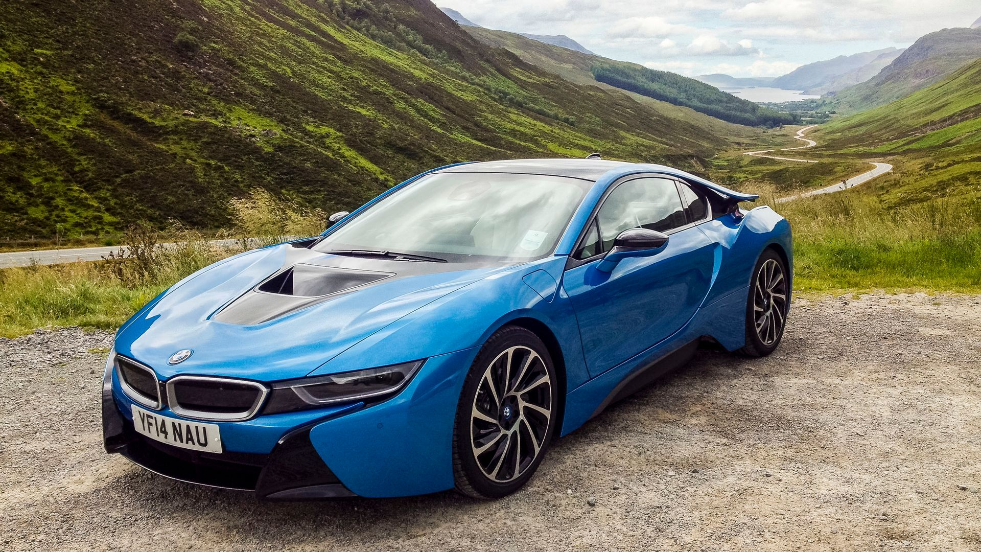 These Beautiful Bmw I8 Wallpapers Are A Futuristic Dose Of Sex