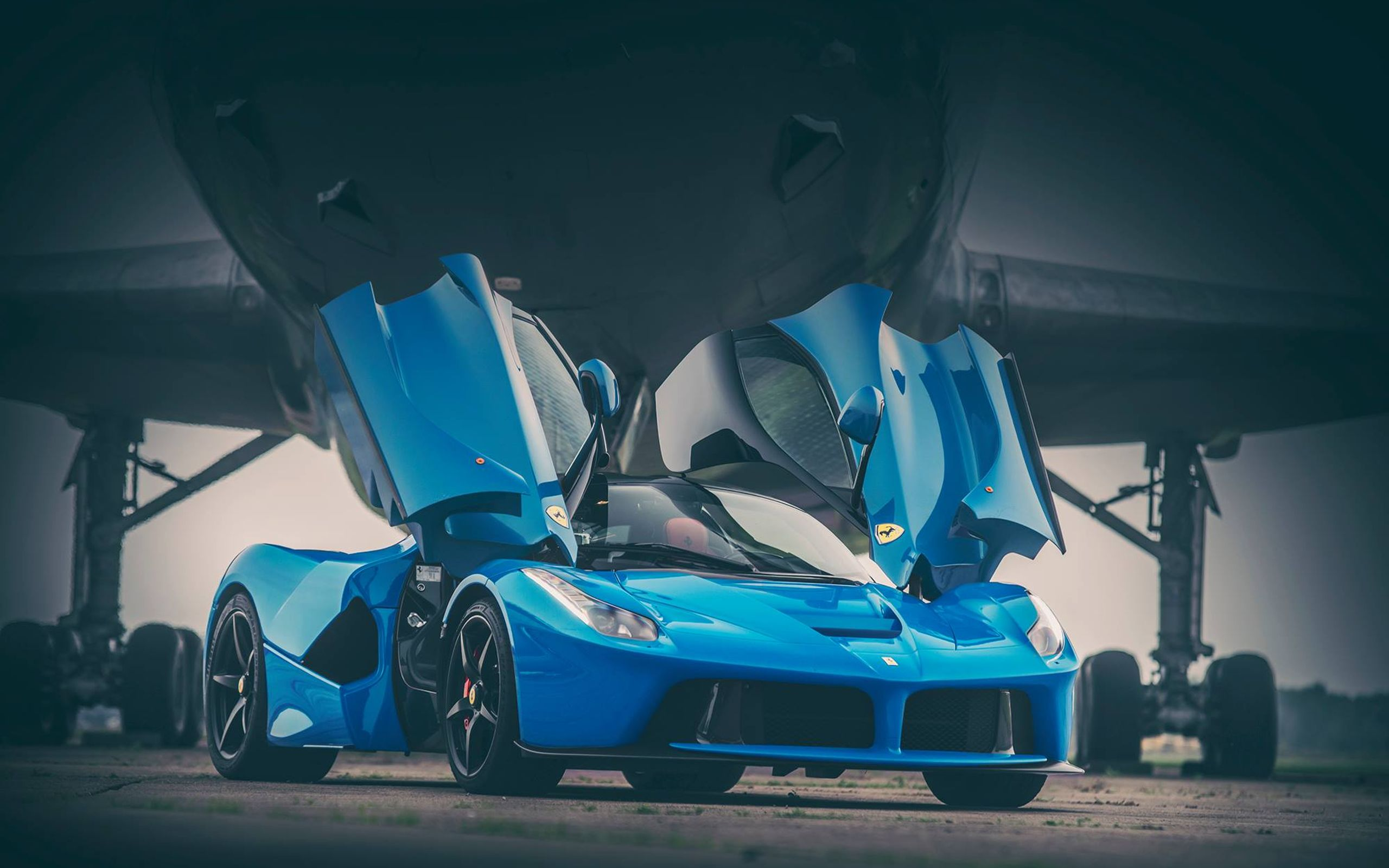 These LaFerrari Wallpapers Show Off The Prancing Horse Looking Classy In Blue