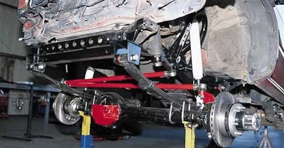 A solid axle provides numerous advantages over an
