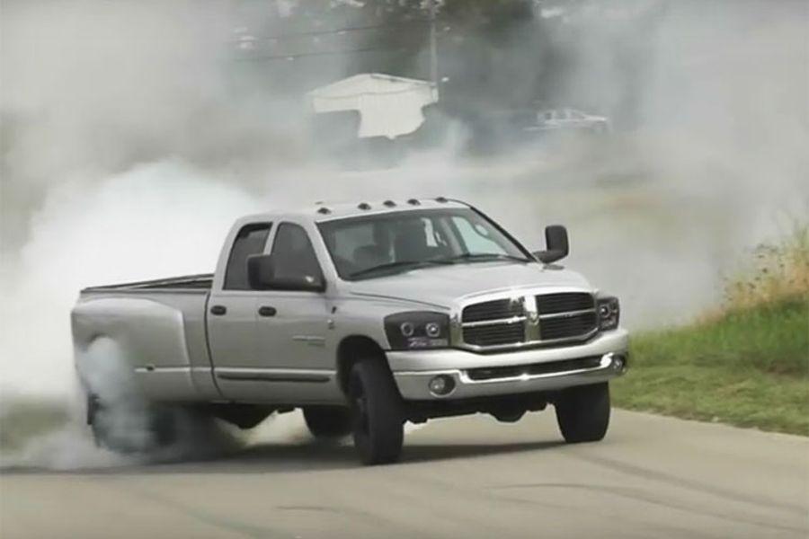 5 Reasons To Build A Bonkers Turbo Diesel Pickup
