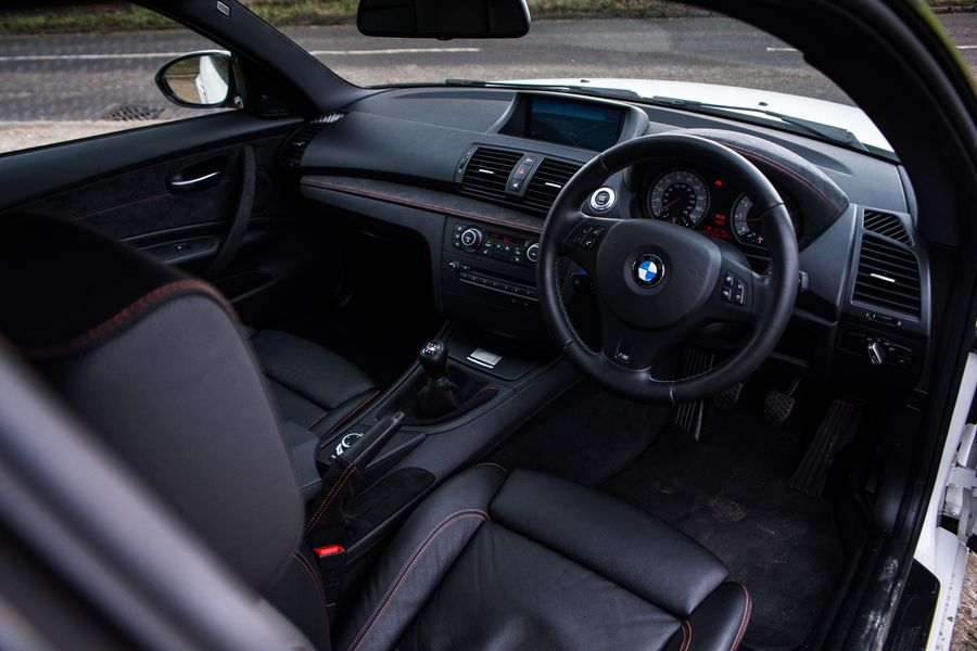Dear BMW: Please Sort Out Your Manual Gearbox