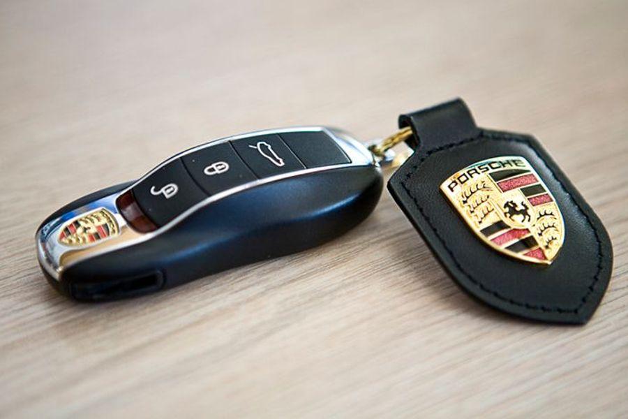 7 Modern Car Key Designs I Hate