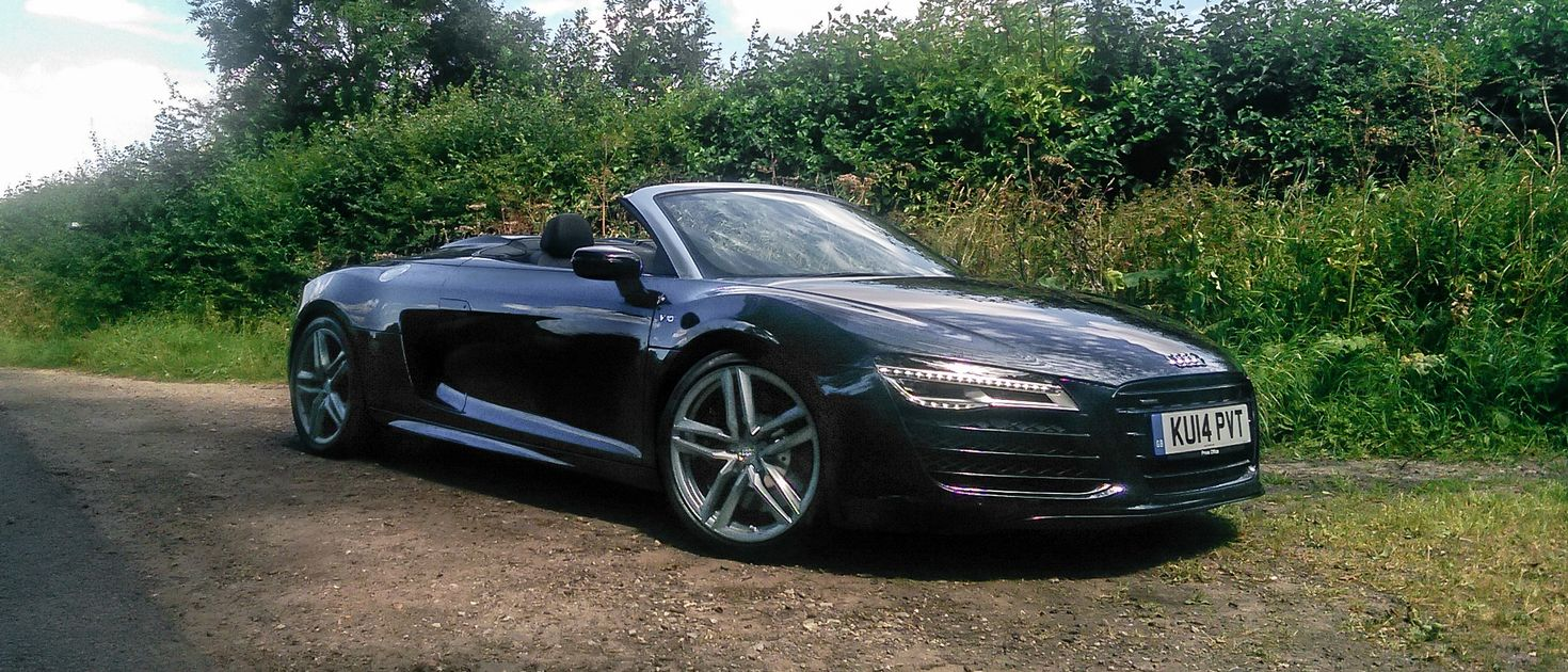 Driving An Audi R V And V Back To Back Taught Me That There Is - Audi r8 v8